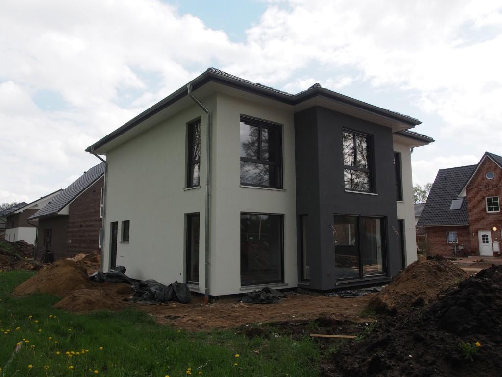 kw 19 ger stabbau und lichttest der dachkranzbeleuchtung pia und julian bauen mit suckf ll. Black Bedroom Furniture Sets. Home Design Ideas